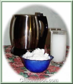 préparation du lait de noix de coco au Soyabella avec les résidus