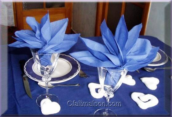 1000 images about pliage de serviettes papiers on pinterest napkins lotus - Serviette de table pliage ...