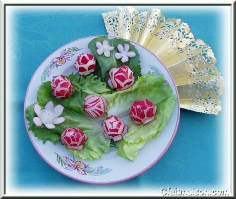la sculpture des légumes et des fruits pour décorer les plats