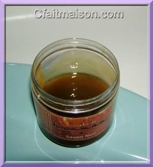 faire ses savonnettes maison recettes pour fabriquer du savon soi m me. Black Bedroom Furniture Sets. Home Design Ideas