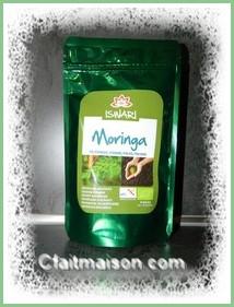Poudre de feuilles de moringa.